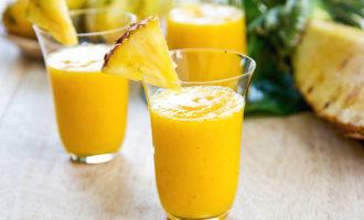Рецепт ананасового смузи с бананом